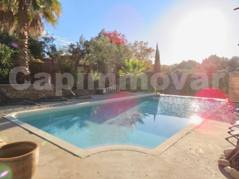 Deluxe sale house / villa Le beausset 749000€ - Picture 3