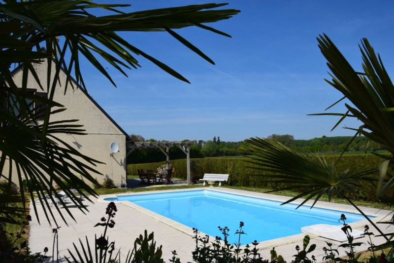 Sale house / villa Seiches sur le loir 248 400€ - Picture 1