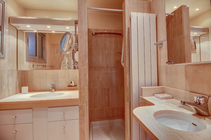 Deluxe sale apartment Antibes 899000€ - Picture 8