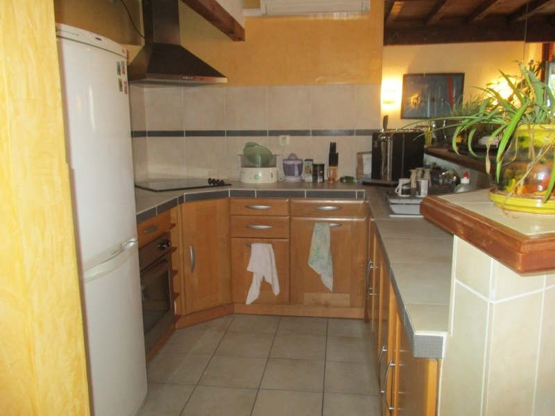 Sale apartment Nimes 91 900€ - Picture 2