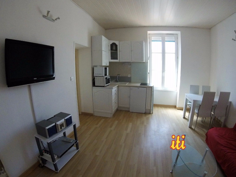 Sale apartment Les sables d olonne 231 000€ - Picture 2