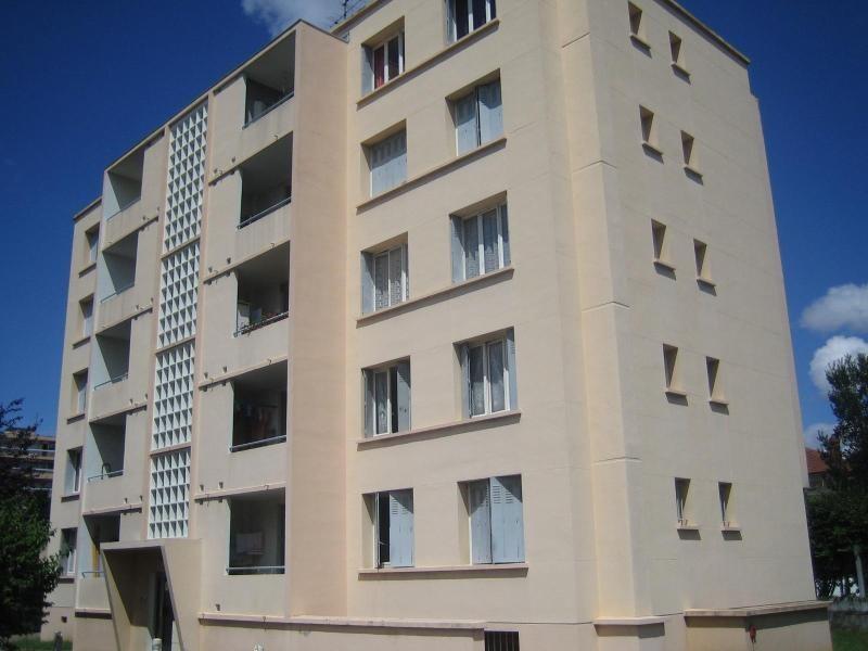 Location appartement Villefranche sur saone 403€ CC - Photo 1