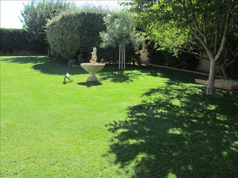 Deluxe sale house / villa Poussan 583000€ - Picture 2