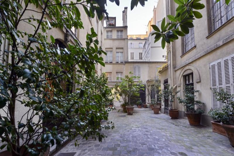 Престижная продажа квартирa Paris 4ème 7000000€ - Фото 20