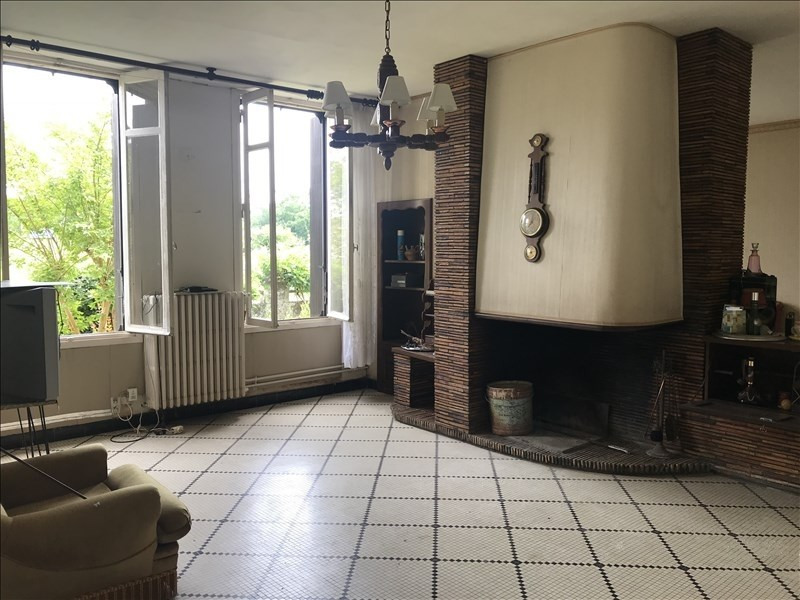 Sale house / villa Arsac 233200€ - Picture 2