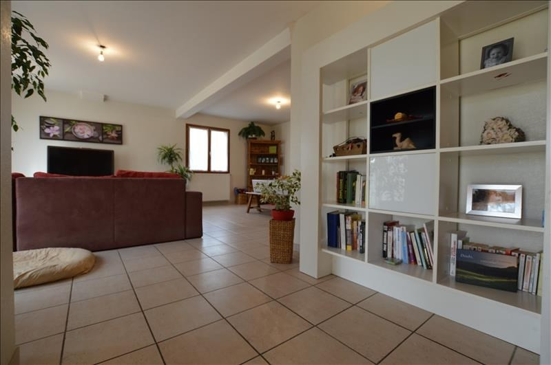 Rental house / villa Lescar 1228€ CC - Picture 3