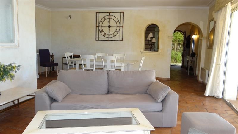 Vacation rental house / villa Cavalaire sur mer 1 000€ - Picture 14