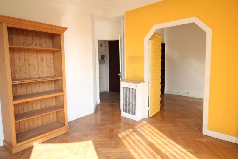 Sale apartment Nice 175 000€ - Picture 2