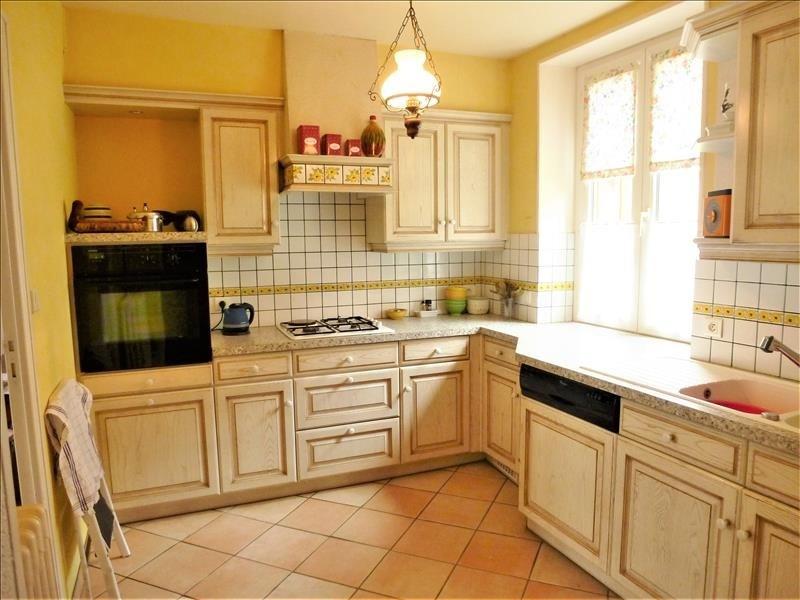 Sale house / villa Tigy 231000€ - Picture 1