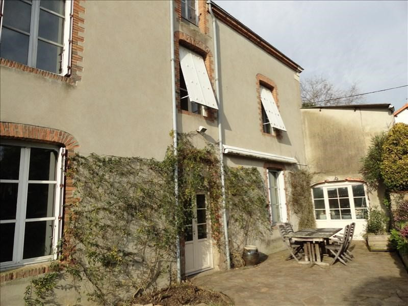 Sale house / villa Clisson 423900€ - Picture 2