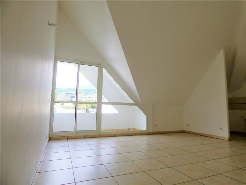 Location appartement Le tampon 620€ CC - Photo 1