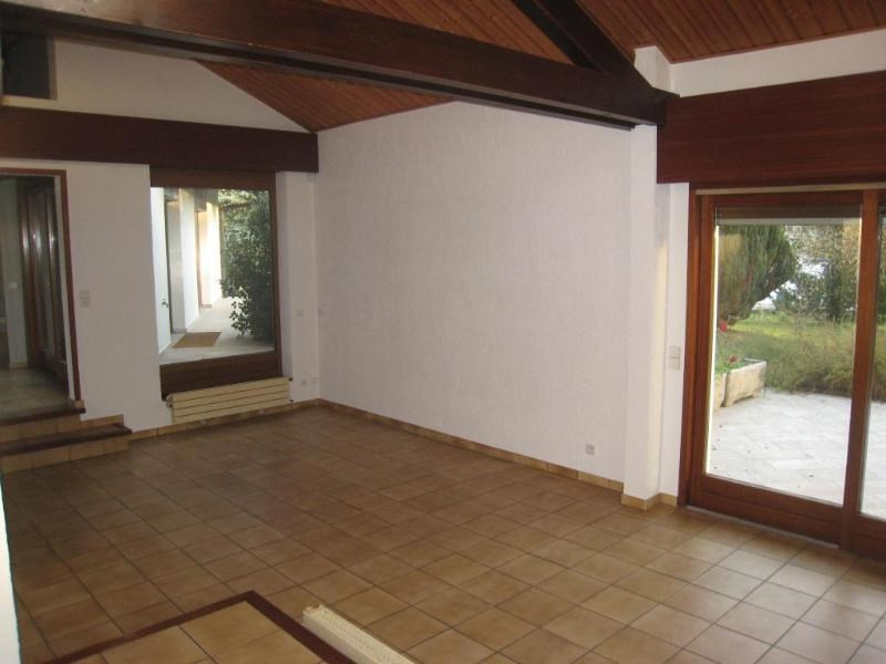 Location maison / villa Arenthon 1 950€ CC - Photo 4