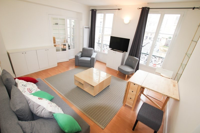 Location appartement Paris 17ème 1 640€ CC - Photo 2