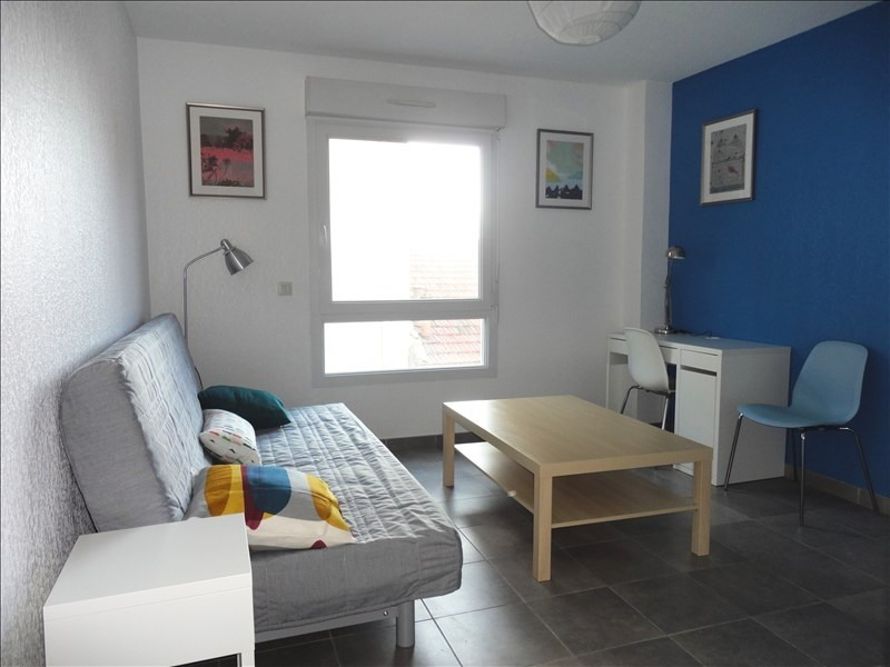 Location appartement Toulon 410€ CC - Photo 1