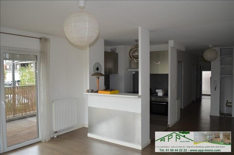 Sale apartment Juvisy sur orge 279900€ - Picture 2