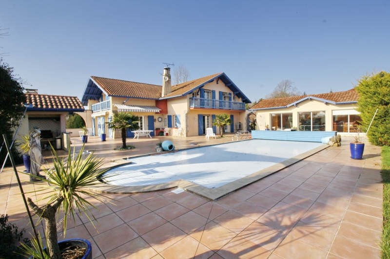 Deluxe sale house / villa Bidart 1195000€ - Picture 1