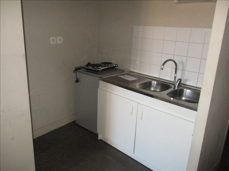 Location appartement Nimes 290€ CC - Photo 4