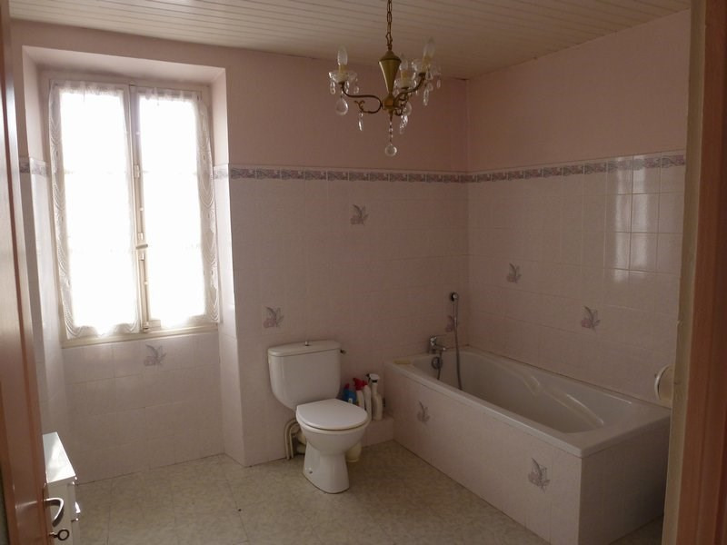 Sale house / villa St christophe et le laris 129 000€ - Picture 10