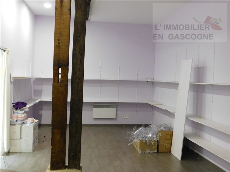 Location local commercial Auch 1200€ HT/HC - Photo 3