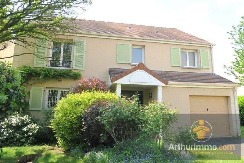 Sale house / villa Savigny le temple 449000€ - Picture 1