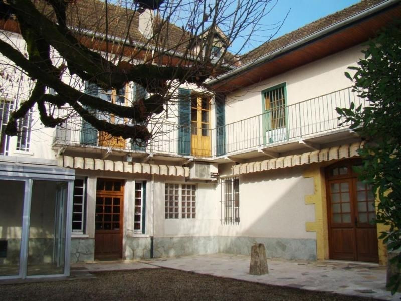 Sale house / villa Les avenieres 290 000€ - Picture 10