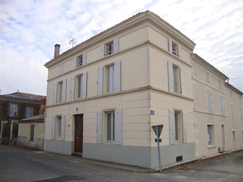 Vente maison / villa Saint jean d'angély 69750€ - Photo 1