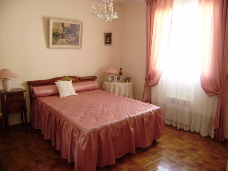 Sale house / villa Salon de provence 367000€ - Picture 5