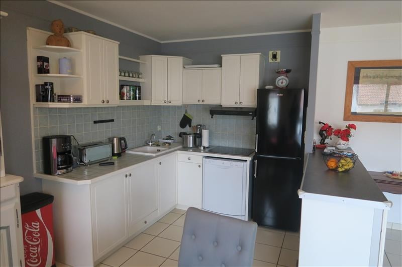 Sale apartment Royan 243 500€ - Picture 2