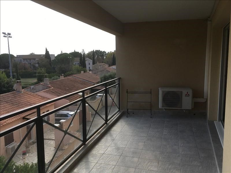 Rental apartment Pelissanne 930€ CC - Picture 2