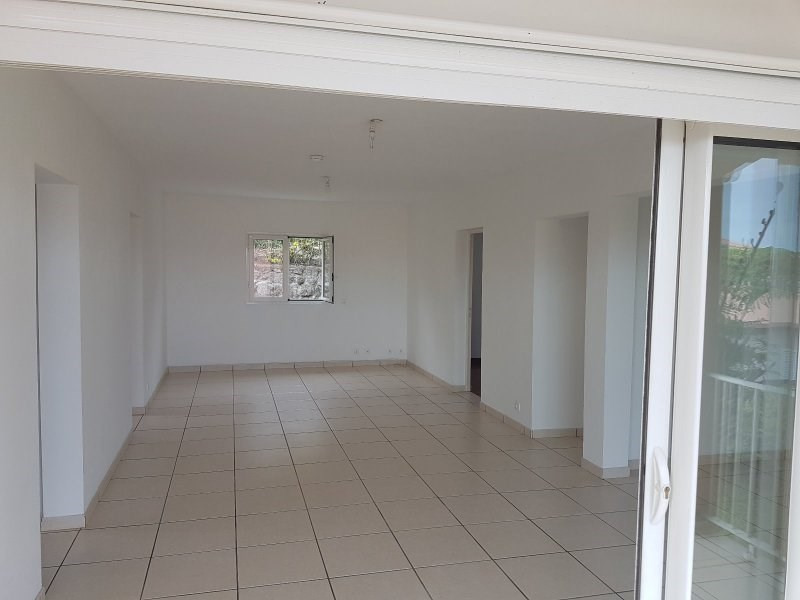 Vente maison / villa Tampon 17ème km 200000€ - Photo 3