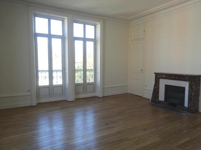 Location appartement Grenoble 1 514€ CC - Photo 3