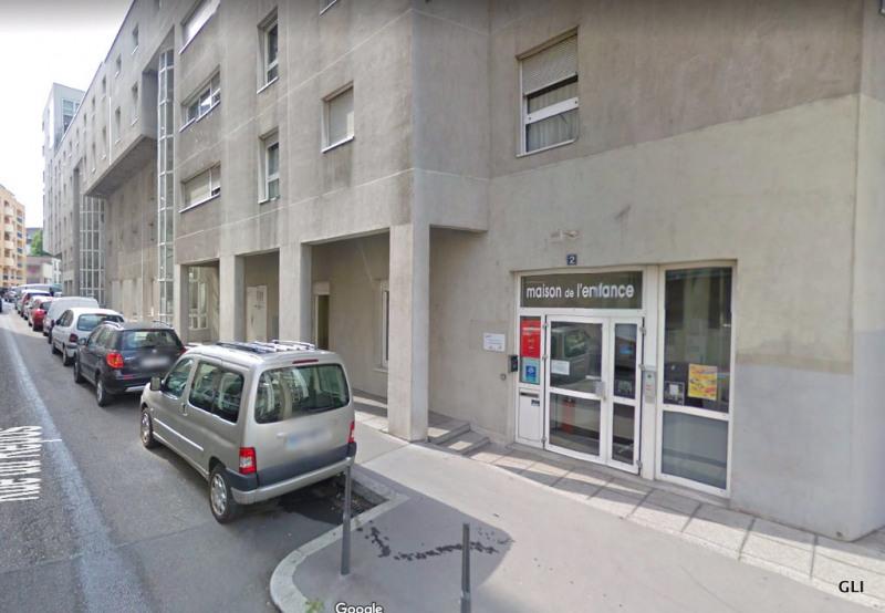 Location appartement Lyon 7ème 769€ CC - Photo 1