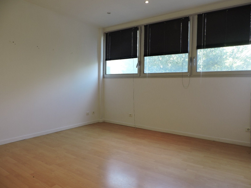 Rental empty room/storage Agen 498€ CC - Picture 2