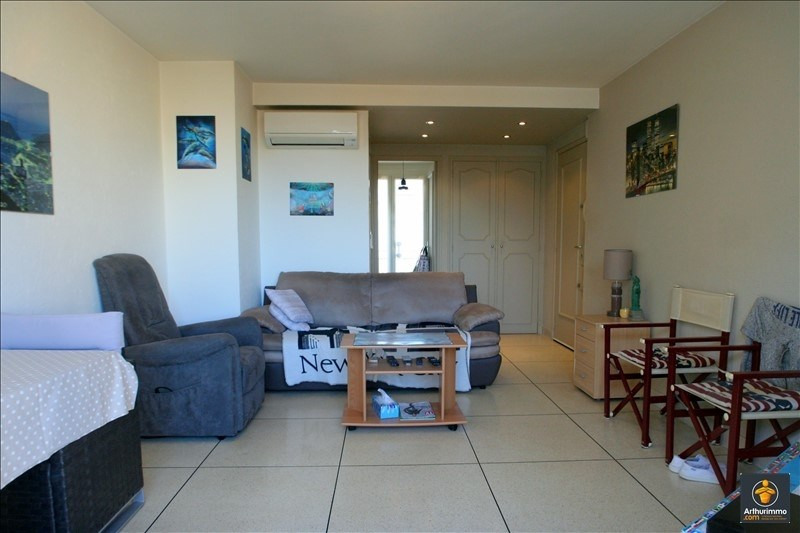 Sale apartment Sainte maxime 200 000€ - Picture 2