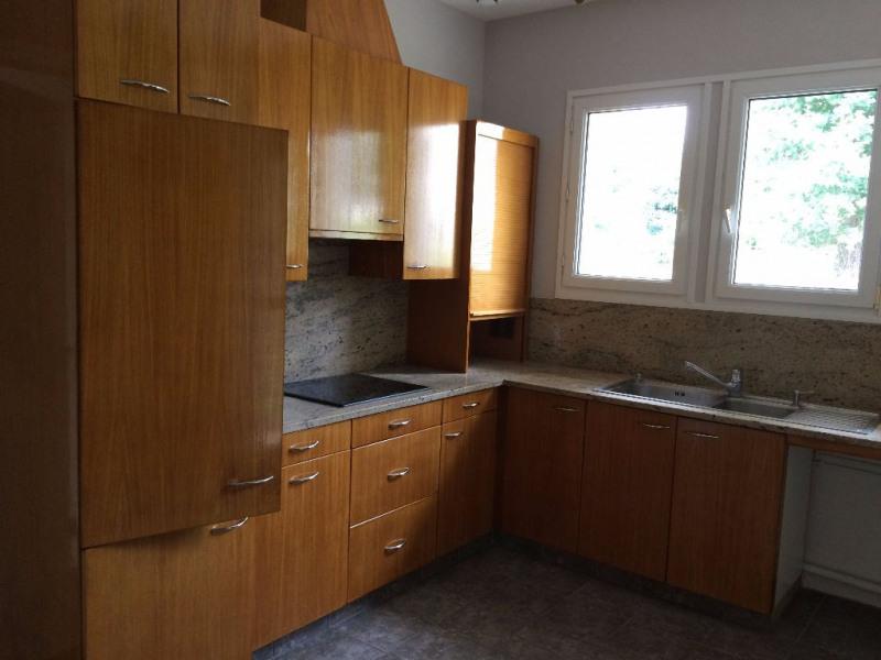 Rental house / villa Condat sur vienne 1000€ CC - Picture 5