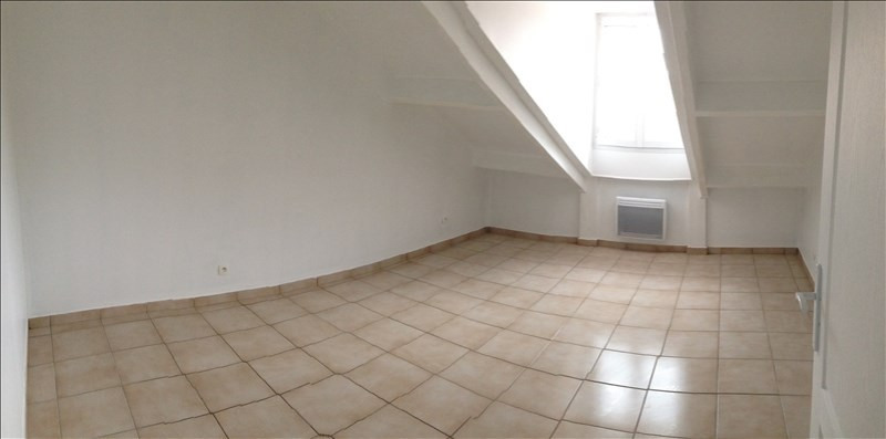 Rental apartment Claye souilly 920€ CC - Picture 4