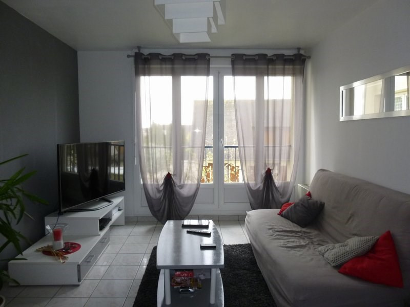 Rental apartment Ifs 498€ CC - Picture 1