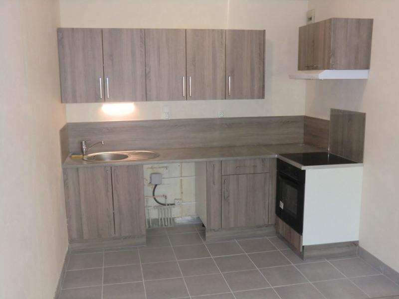 Rental apartment Aix les bains 580€ CC - Picture 2
