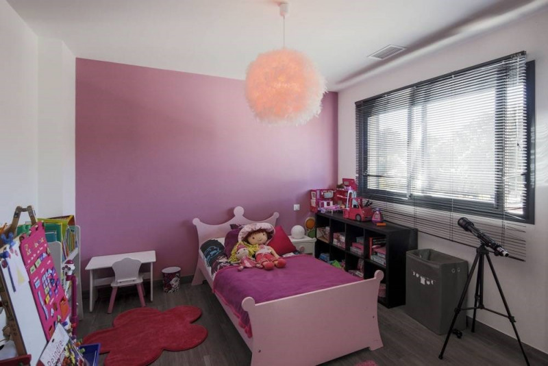 Deluxe sale house / villa Domazan 880000€ - Picture 14