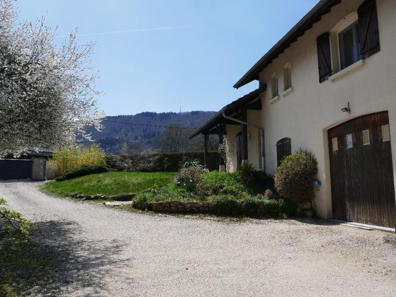 Sale house / villa Vieu d'izenave 298000€ - Picture 1