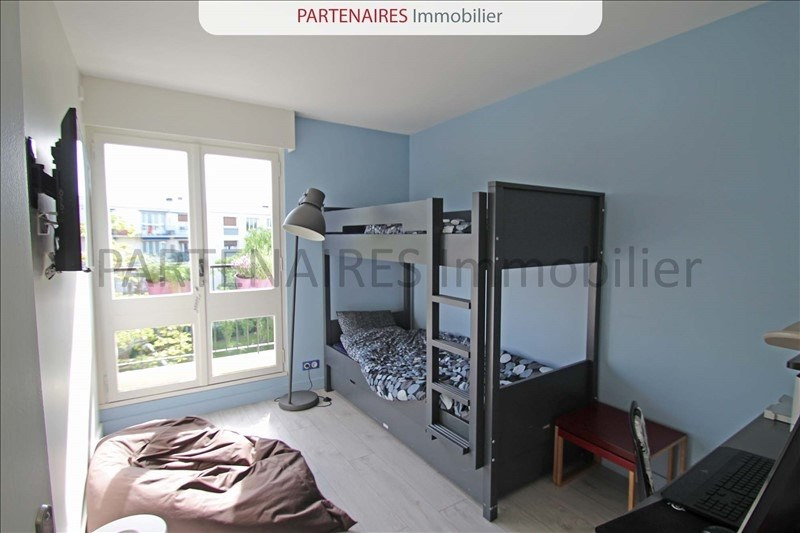 Rental apartment Le chesnay 1 500€ CC - Picture 5