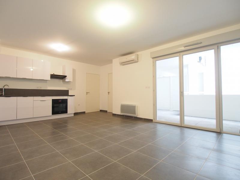 Rental apartment Marseille 2ème 675€ CC - Picture 2