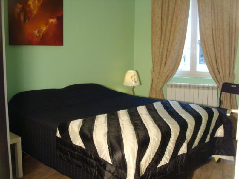 Sale house / villa St cyprien 424000€ - Picture 4