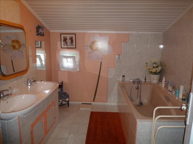 Sale house / villa Champdolent 212000€ - Picture 2