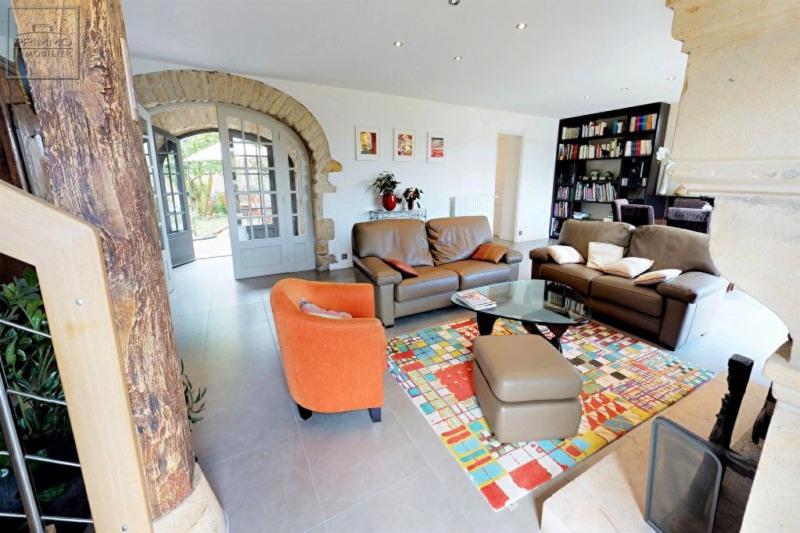 Deluxe sale house / villa Lissieu 850000€ - Picture 10