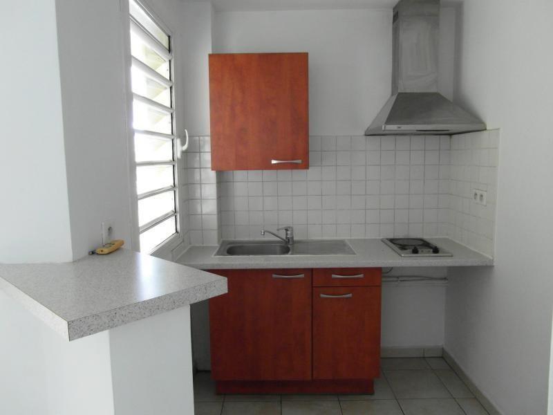 Sale apartment St denis 140000€ - Picture 3