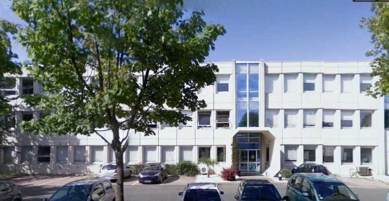 Location Local d'activités / Entrepôt Montigny-le-Bretonneux 0