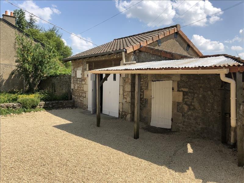 Vente maison / villa Bonnes 138000€ - Photo 2