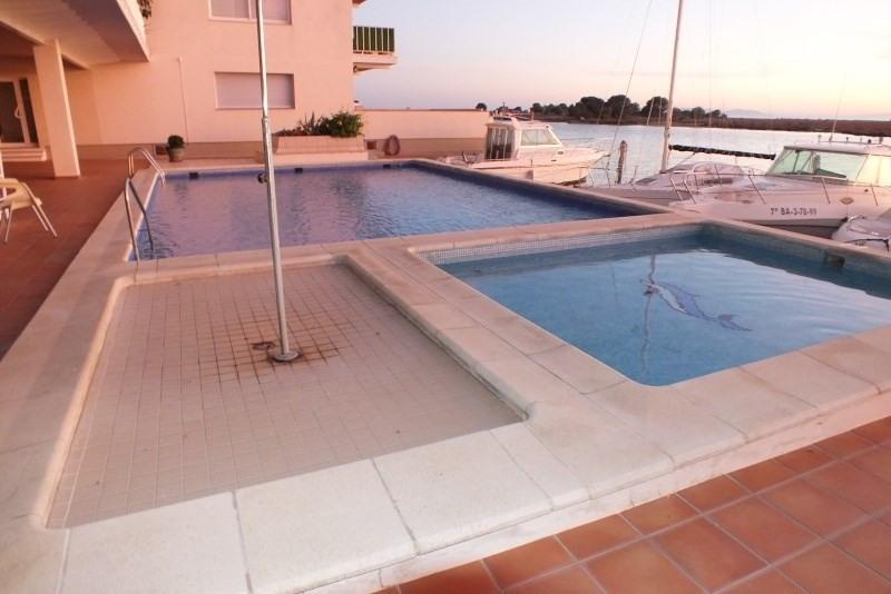 Location vacances appartement Roses-santa margarita 368€ - Photo 2