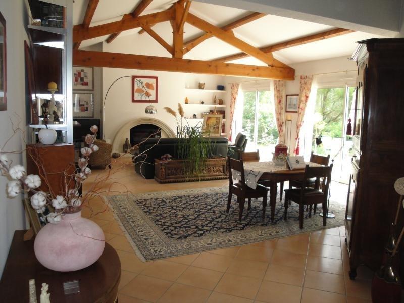 Deluxe sale house / villa La creche 354000€ - Picture 8